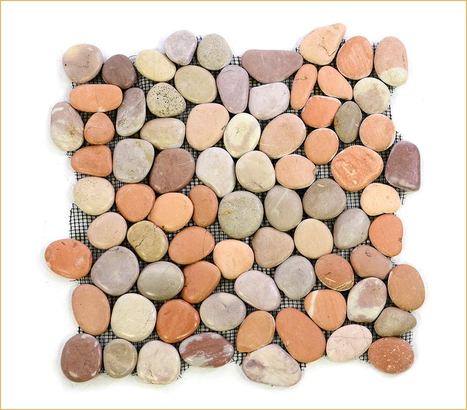 Flusskiesel Mosaik in Orange und Terracotta